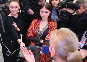 camera_interviewer1